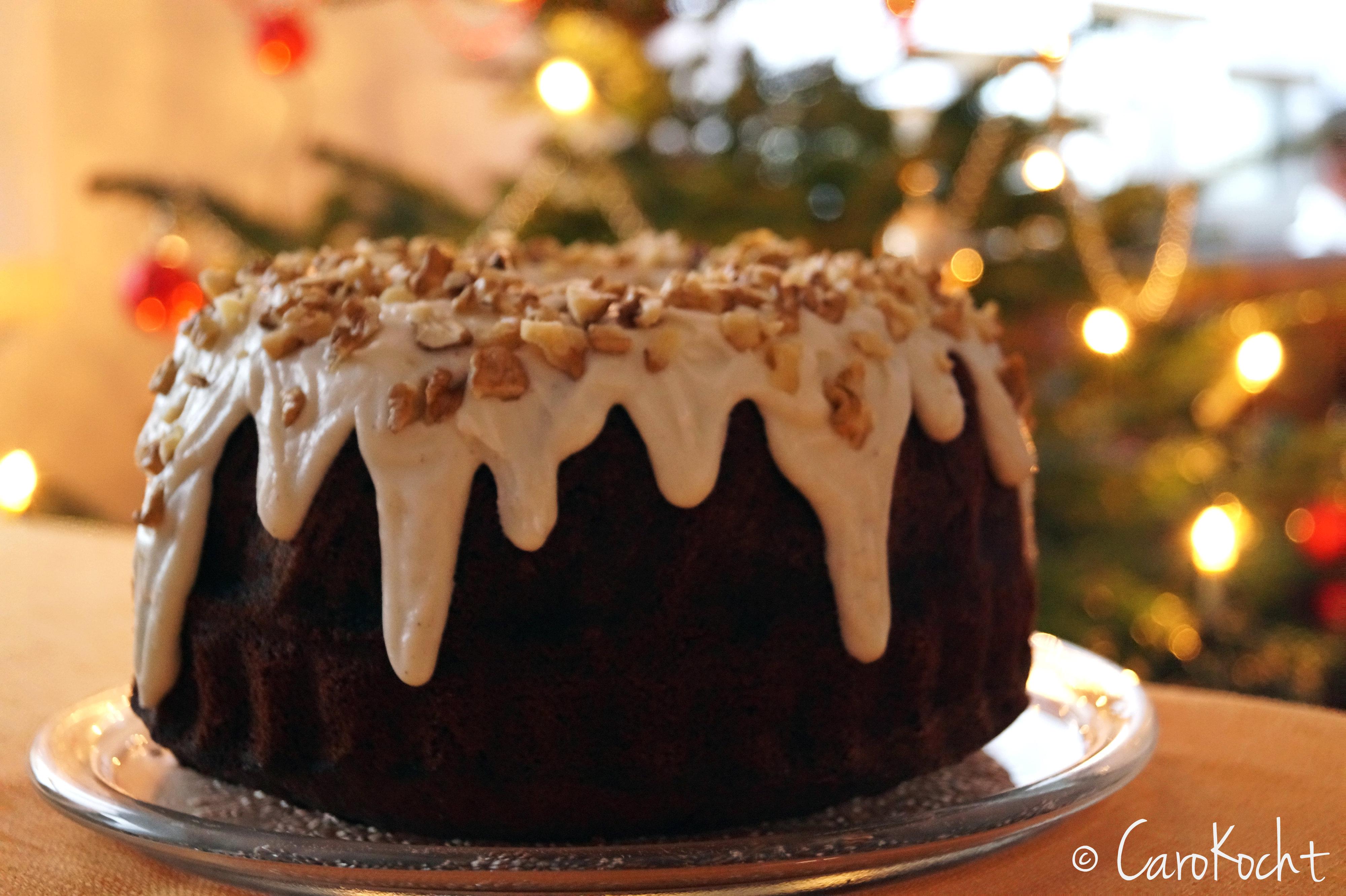 Weihnachtlicher Apfelmuskuchen